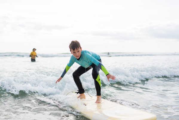 truro-school-surfen
