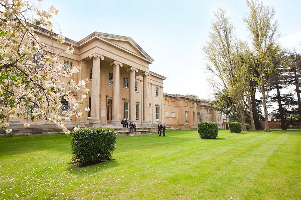 cheltenham-college-campus-hauptgebäude