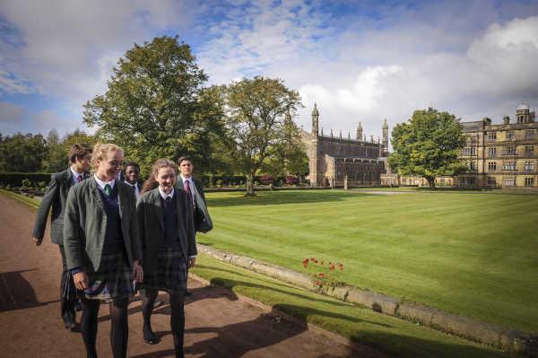 Stonyhurst-College - Schülergruppe