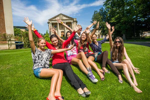 Stowe Summer School - Regent English Language Training