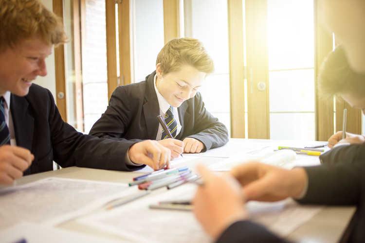 Bedford School for Boys - Gruppenarbeit
