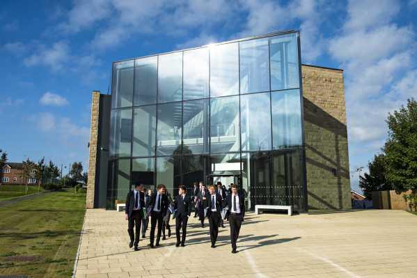 Repton School -  Das Gebäude für Naturwissenschaften