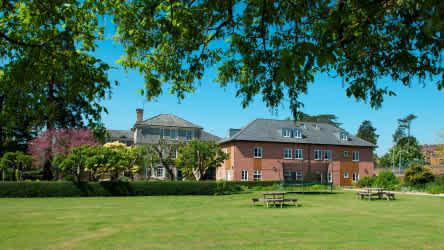 Sherborne International Summer School - ein Sprachurlaub mit intensivem Unterricht