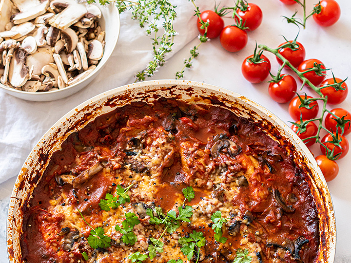 THIS HEALTHY CHICKEN CACCIATORE RECIPE IS A MUST!