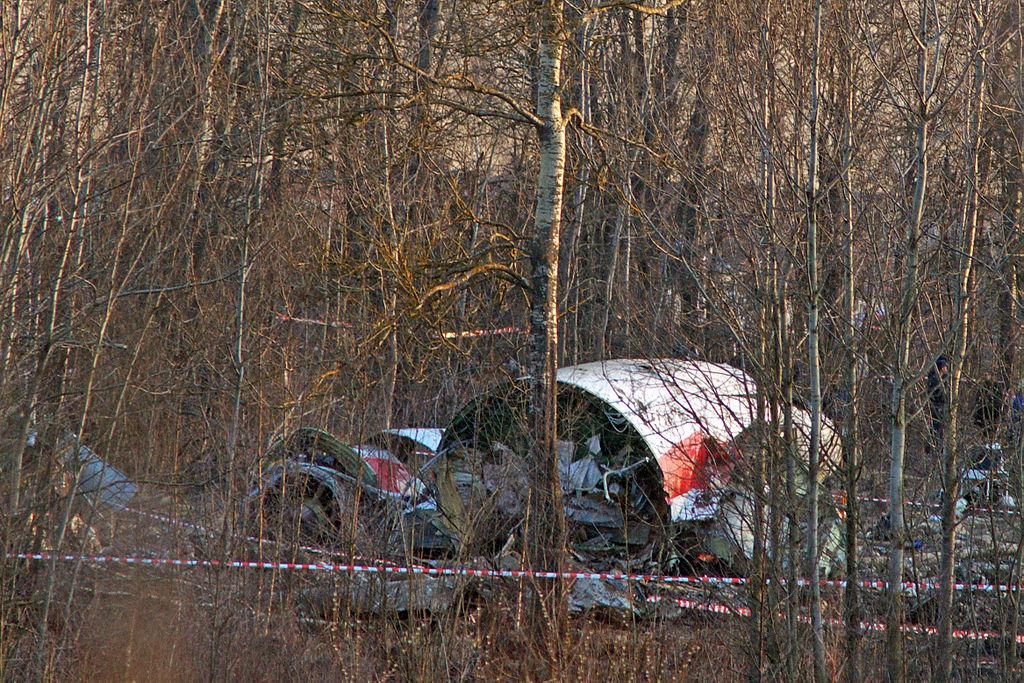 1024px-Tu-154-crash-in-smolensk-20100410-11