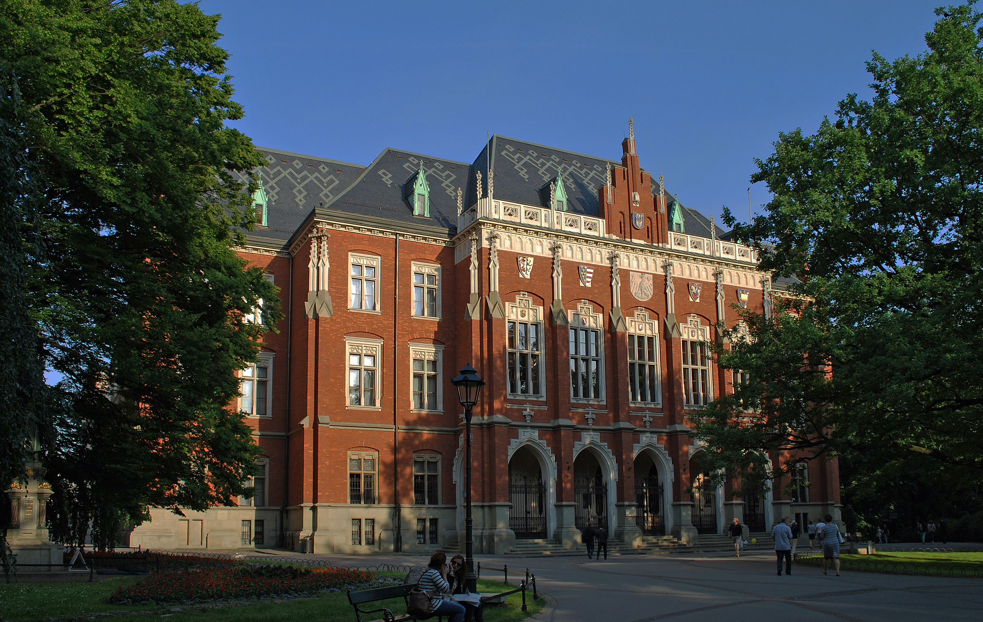 Jagiellonian University Collegium Novum, 1882 designed by Feliks Księżarski, 24 Gołębia street, Old Town, Krakow, Poland (1)