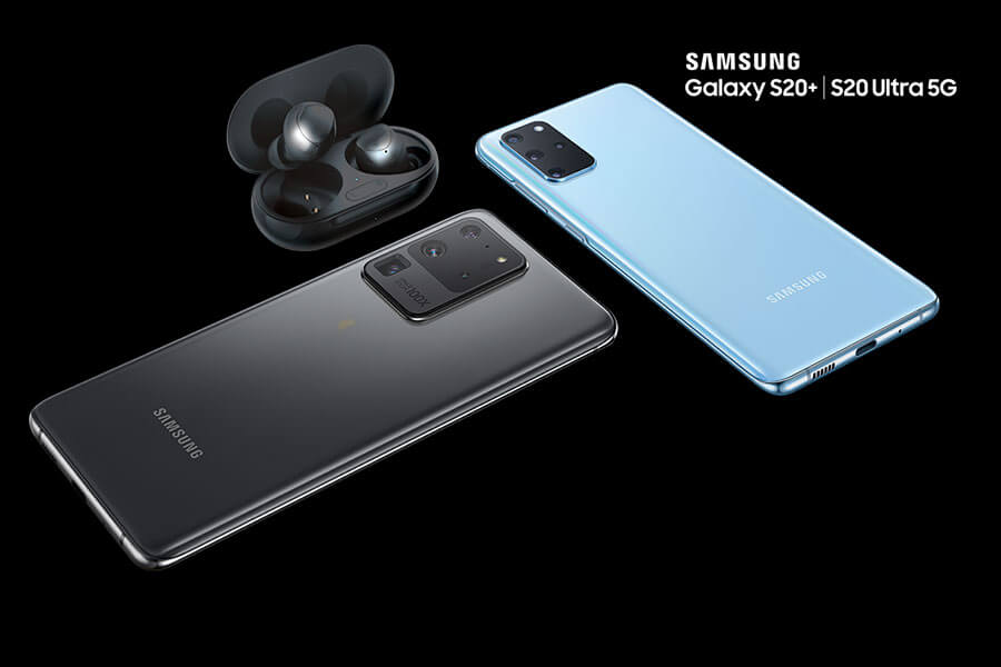 The Samsung Galaxy S20 5G phone and Galaxy Buds+.