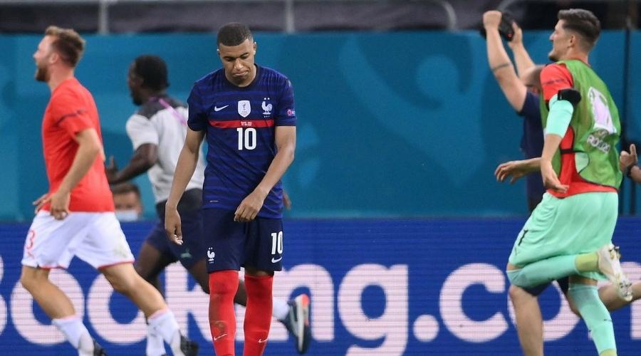 Reprezentacja Francji Mbappe przeprosił kibiców