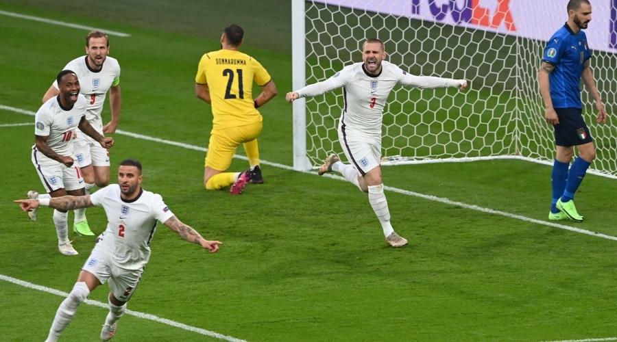 Finał Euro 2020 internauci