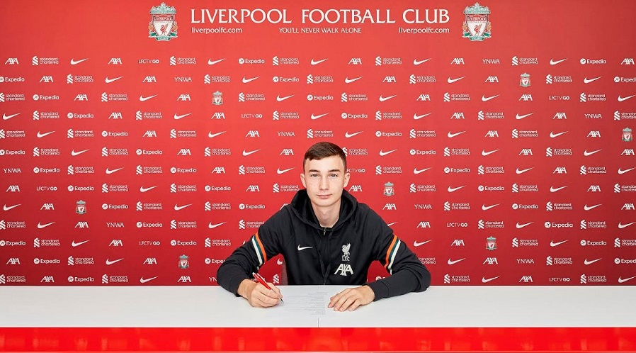 Mateusz Musiałowski w Liverpoolu