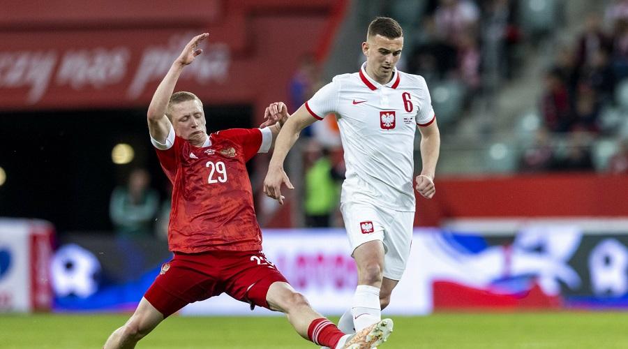 Kacper Kozłowski w barwach reprezentacji Polski