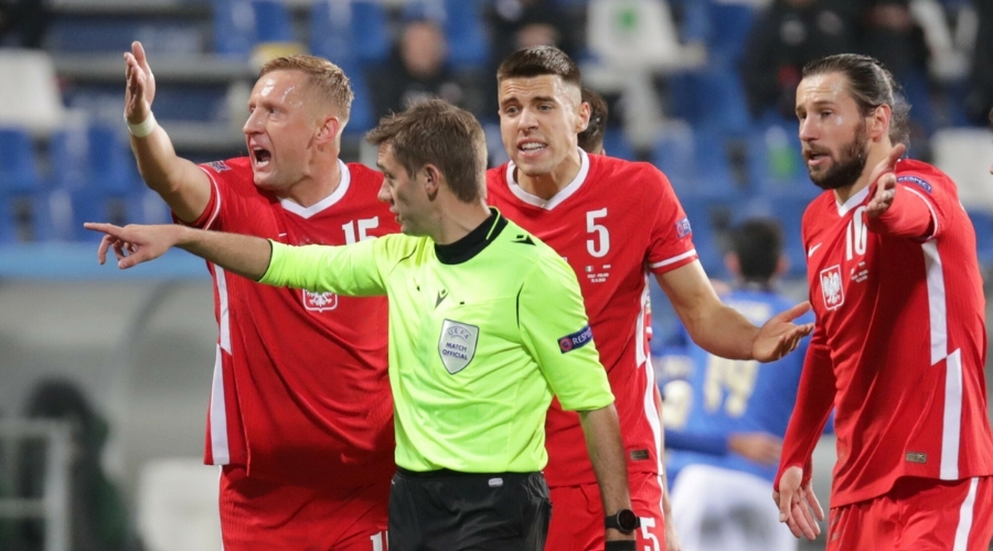 Euro 2020 Jan Bednarek kontuzja