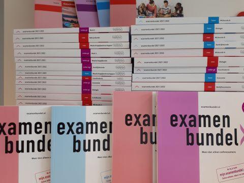 Nieuwe boeken examenbundel samengevat examenidioom zeker slagen eindexamen centraal examen 2021 2022