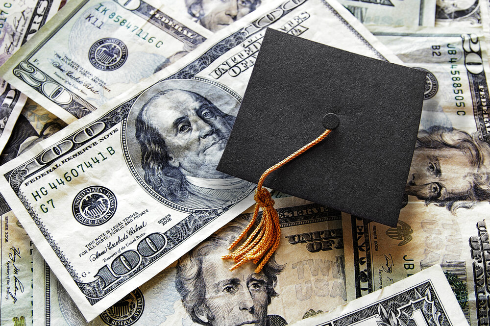 How does student loan forbearance affect credit scores?
