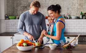 Postpartum Nutrition: Best Foods to Eat After Having a Baby