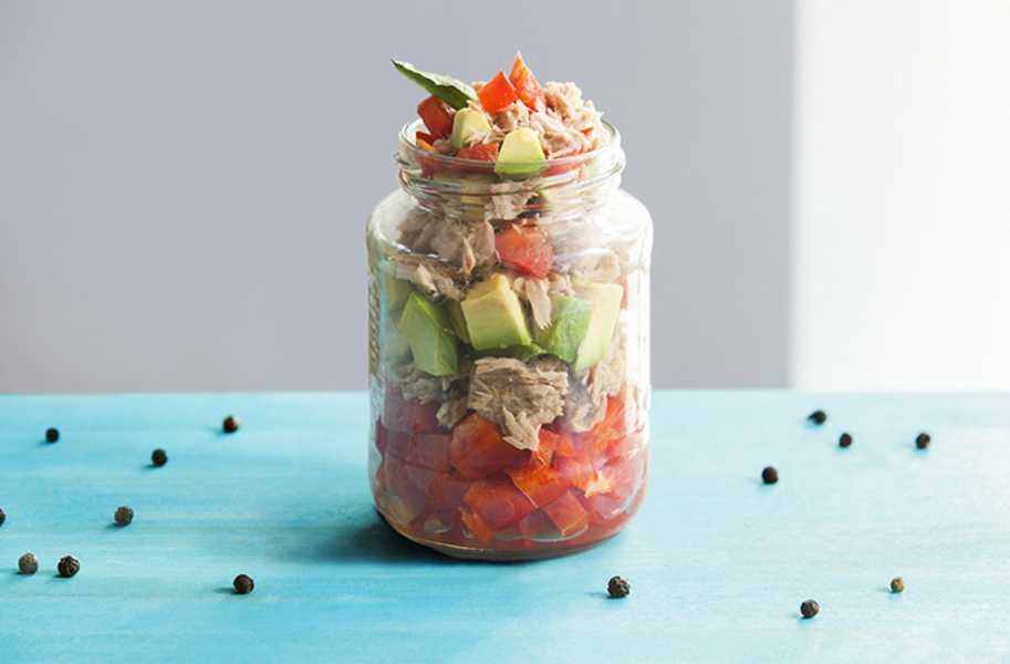 Tuna in a jar with avocado, low carb