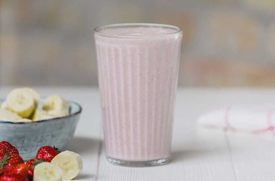 healthy banana smoothie
