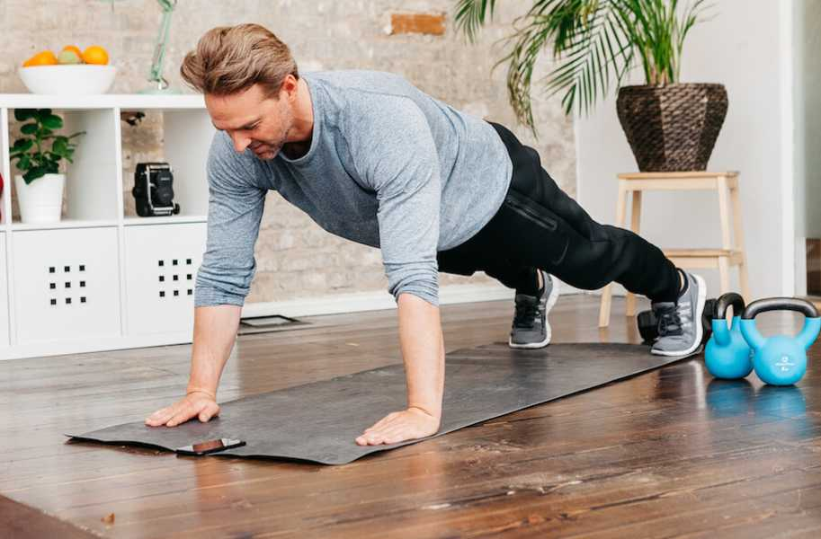 plank upward tor in house home workout
