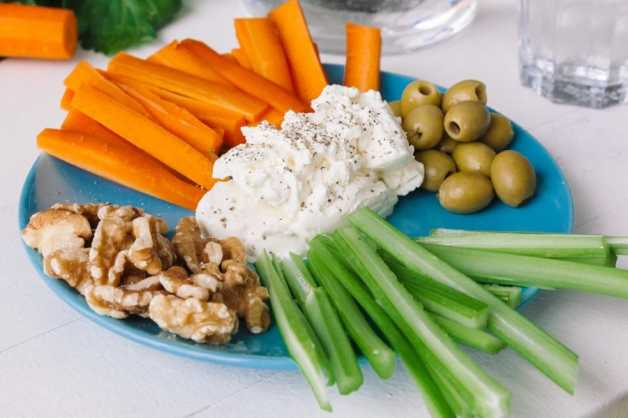 veggies with cottage cheese healthy snack