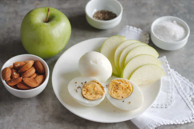 Boiled egg and apple