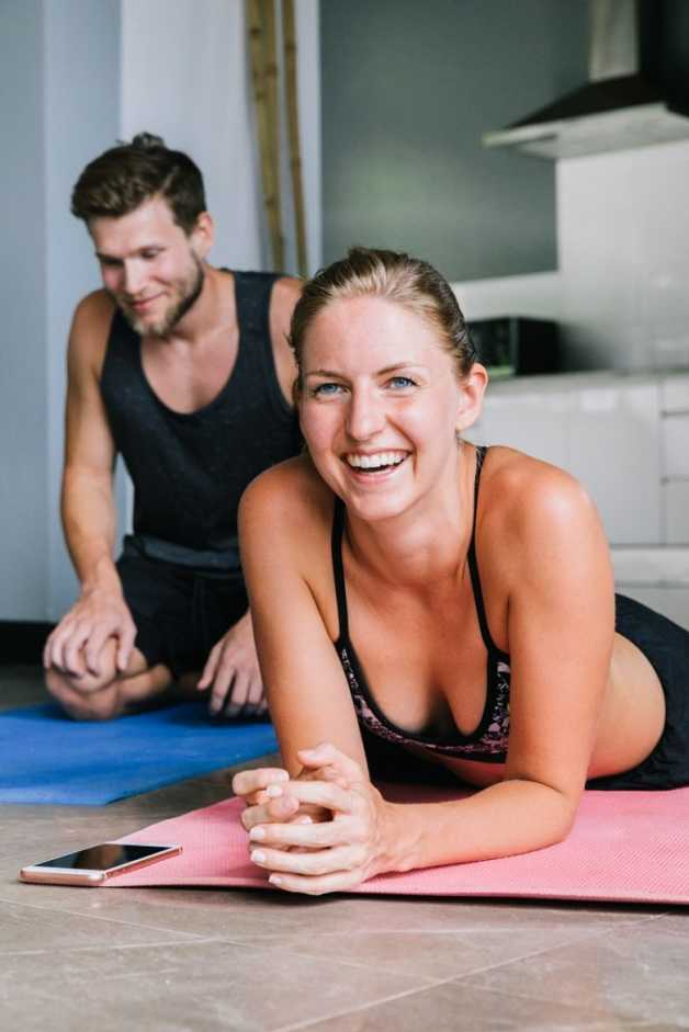 home workout couple