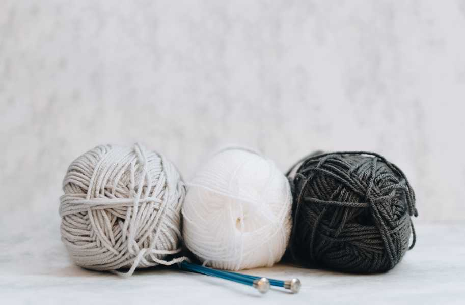 Yarn, hobbies, unsplash, knitting