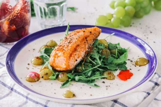 seared salmon with rosemary grapes