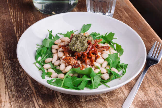 pesto sun dried tomato and white bean salad