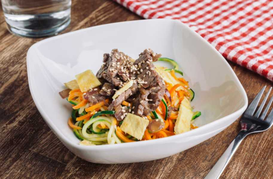 korean zucchini noodles with beef