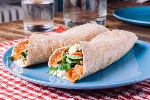 whole-wheat-tortilla-smoked-salmon-healthy-recipe