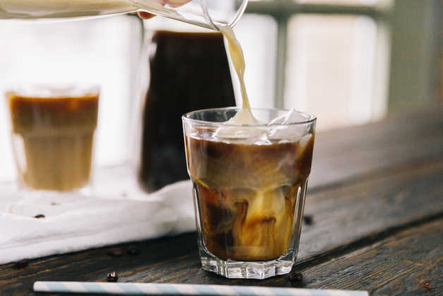 Nutrition Food Photos Iced Coffee Brewing Pouring 002