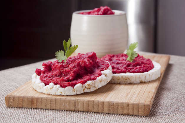 Beet-Hummus-Toasts