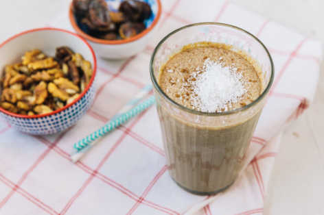 protein shakes coffee coconut breakfast smoothie