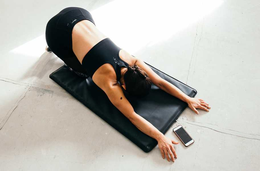 stretching floor mat