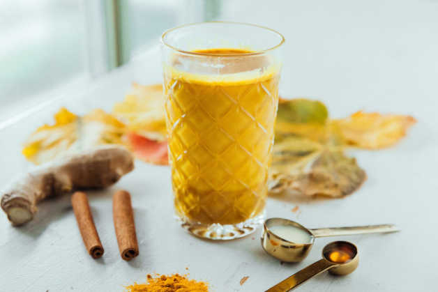 DRINKS golden milk turmeric