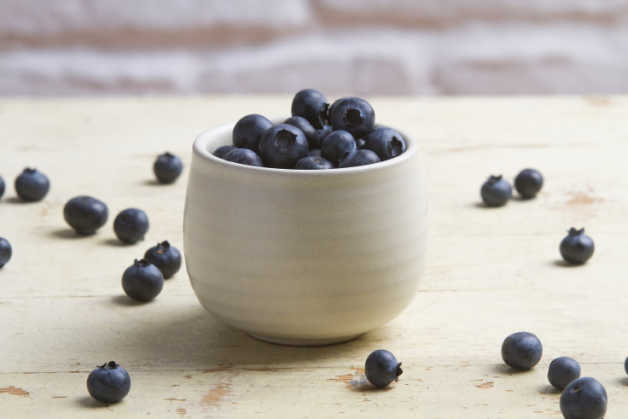 blueberries-in-ceramic-jar