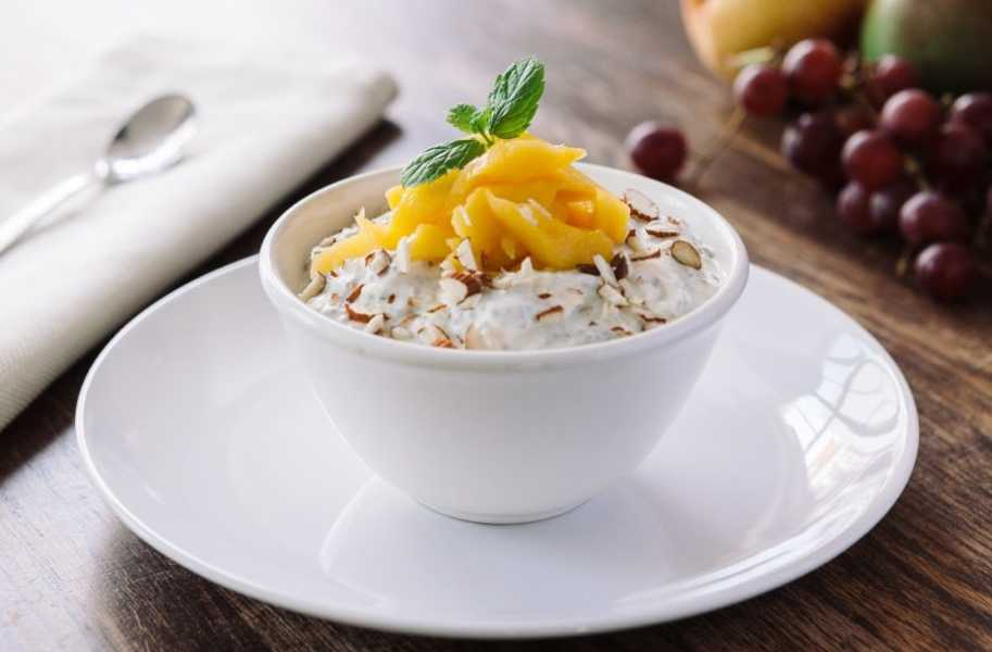 mango coconut chia pudding healthy dessert