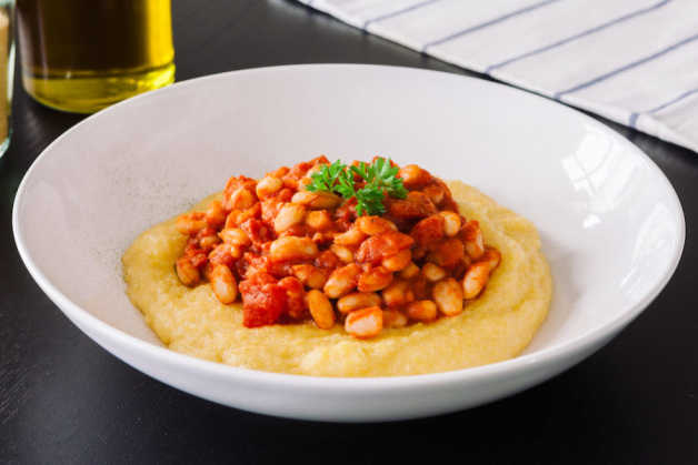 polenta with tomato braised beans