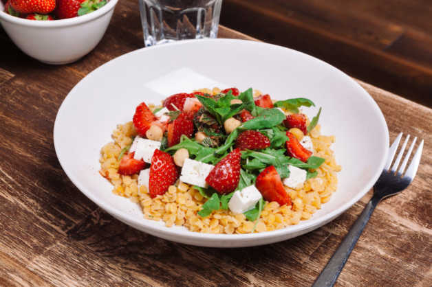 lentil salad with strawberry dressing