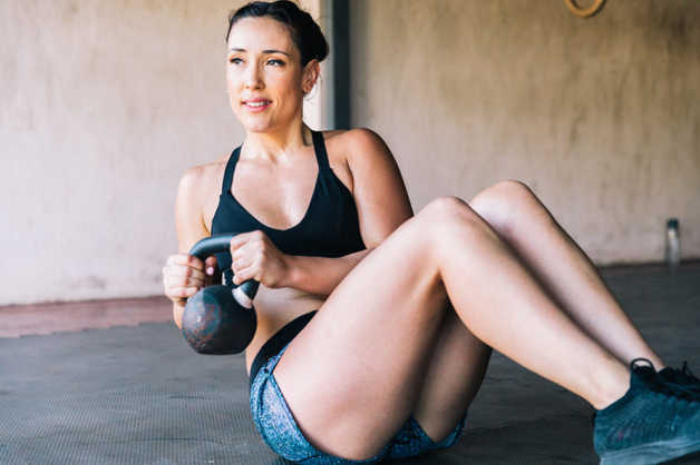 Alba, woman, Russian twists with weight, kettlebell