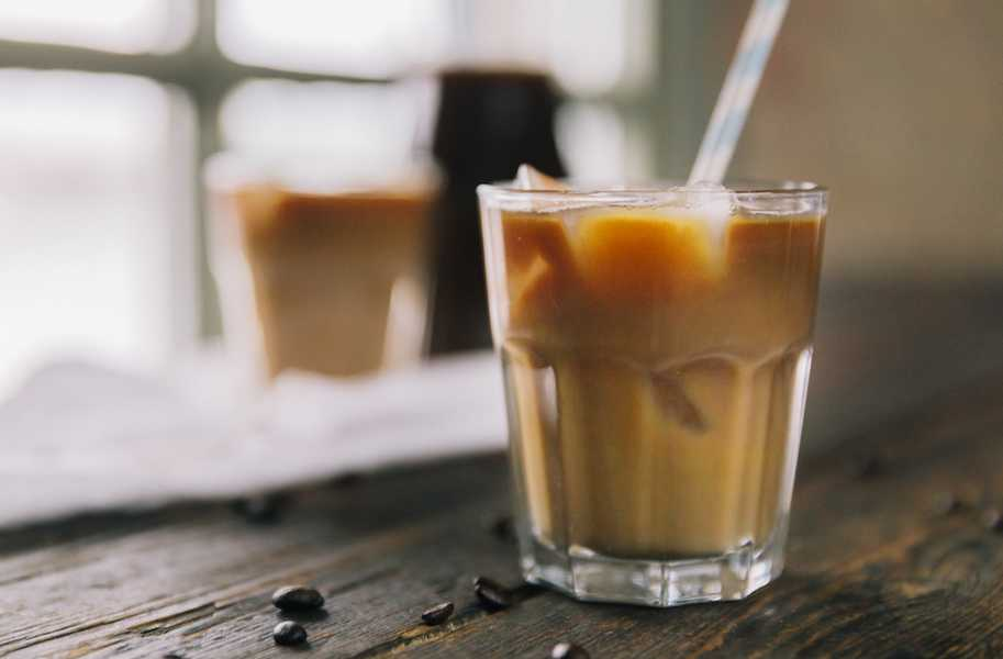 Nutrition Food Photos Iced Coffee Brewing Pouring 004