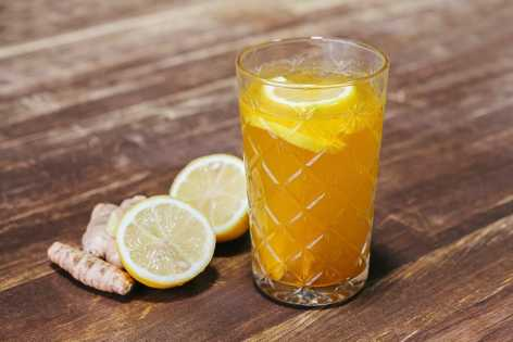 Lemon-ginger-and-turmeric-tonic