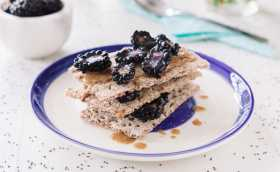 Summer Berry Recipes: Breakfast, Lunch and Snack from 8fit