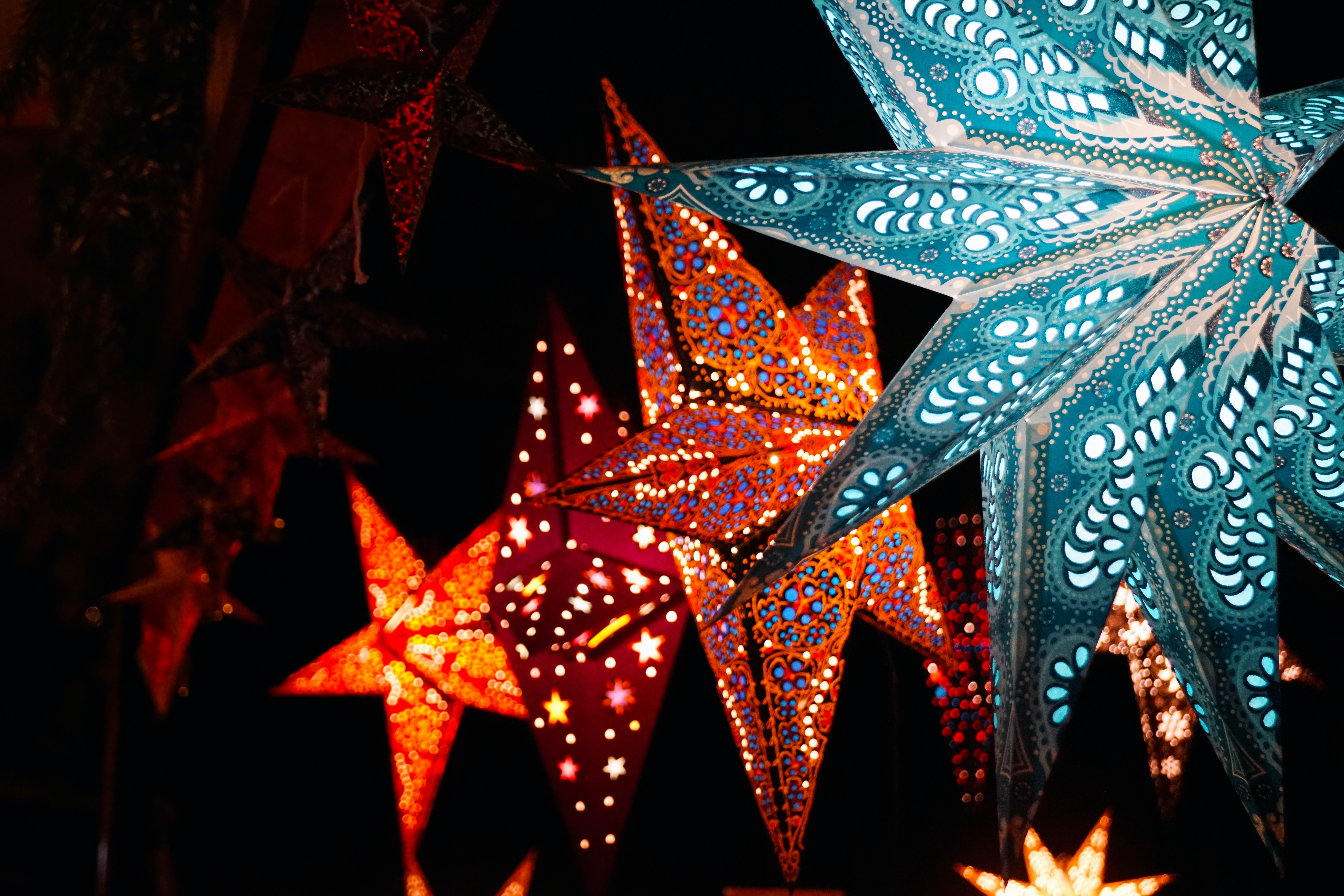 lighted-christmas-stars-1653688