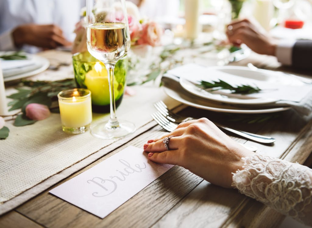 Wedding table PEXELS
