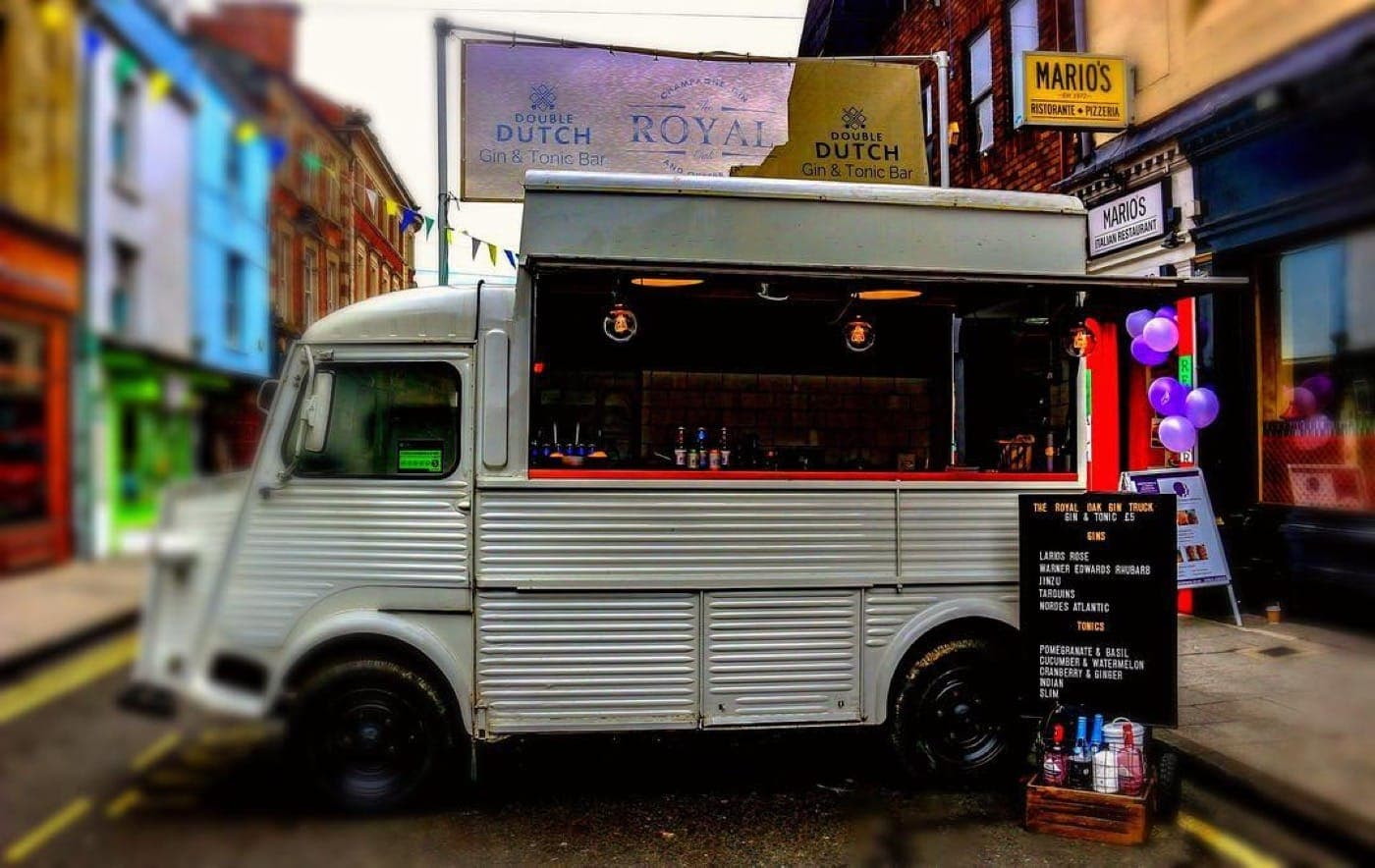 Feast-It-The-Gin-Truck-Event-Catering-Mobile-Bar-Party-Bar-Cocktails-Book-Now-two