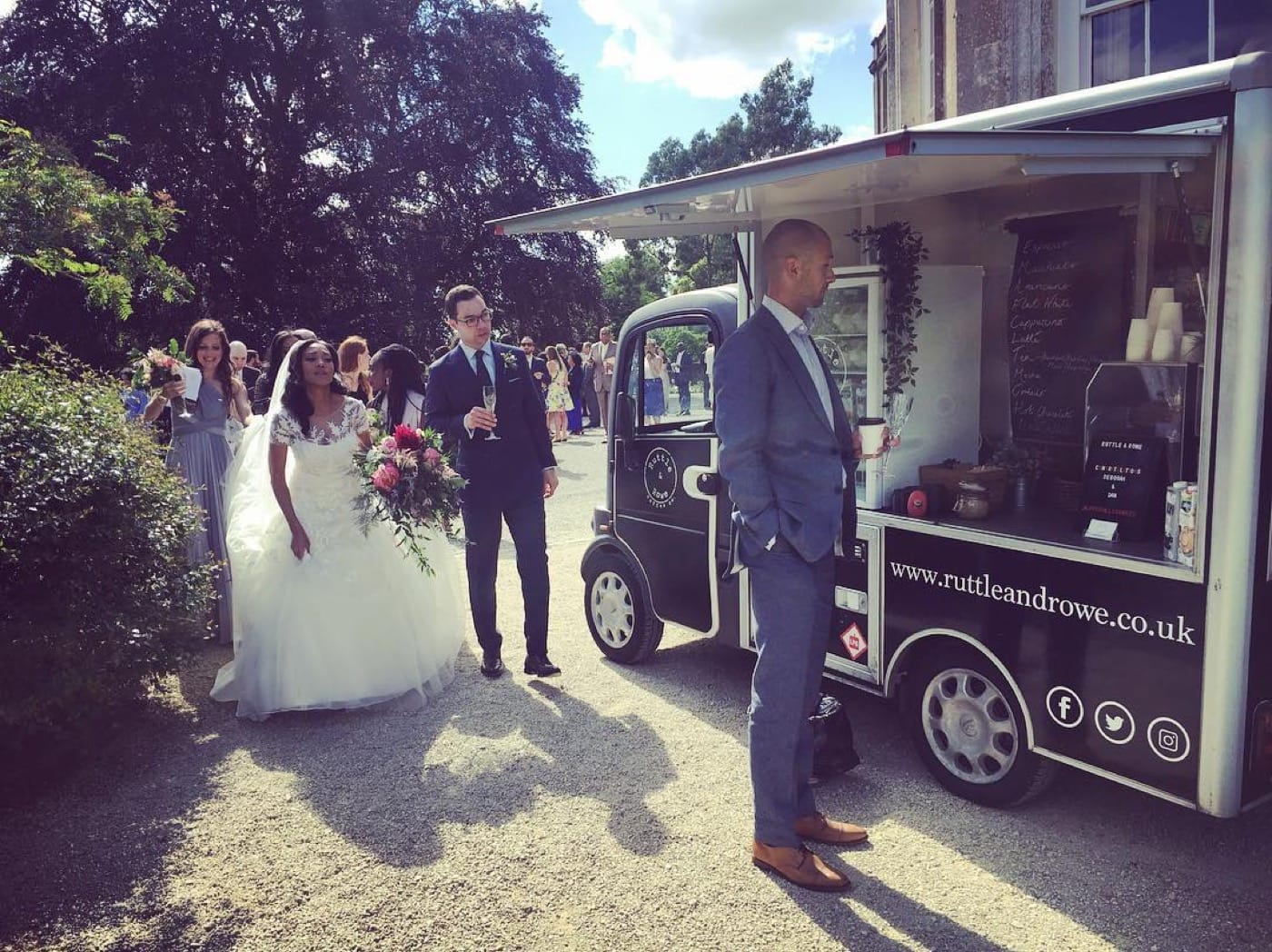 Feast-It-Ruttle-and-Rowe-Mobile-Coffee-Van-Street-Food-Espresso-Martinis-Speciality-Coffee-Event-Catering-Wedding-Catering-Book-Now-five