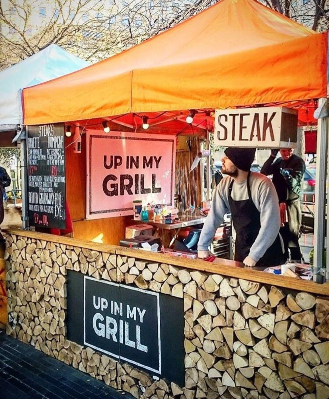 Feast-It-Up-In-My-Grill-Street-Food-Event-Catering