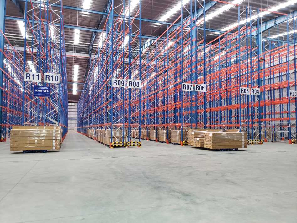 State-of-the-art warehouse