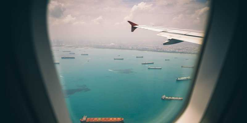 Ocean vs. Air Freight: Which is right for you?
